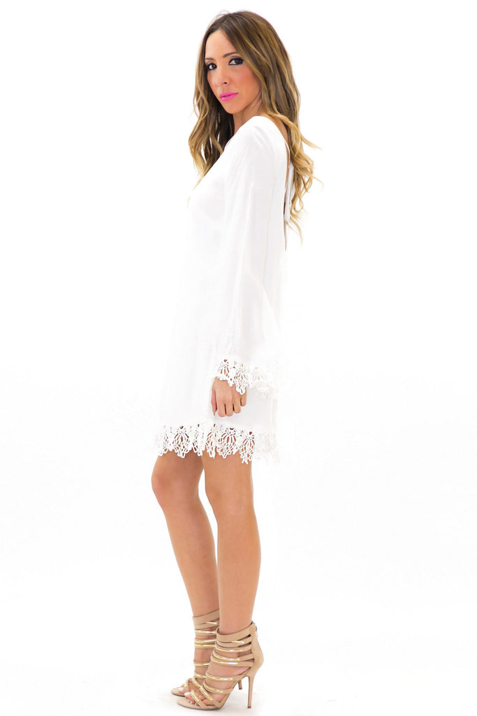 ELA CONTRAST LACE BELL SLEEVE DRESS