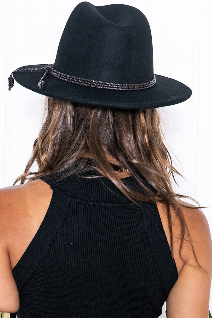 Aly Braided Tassle Hat - Black