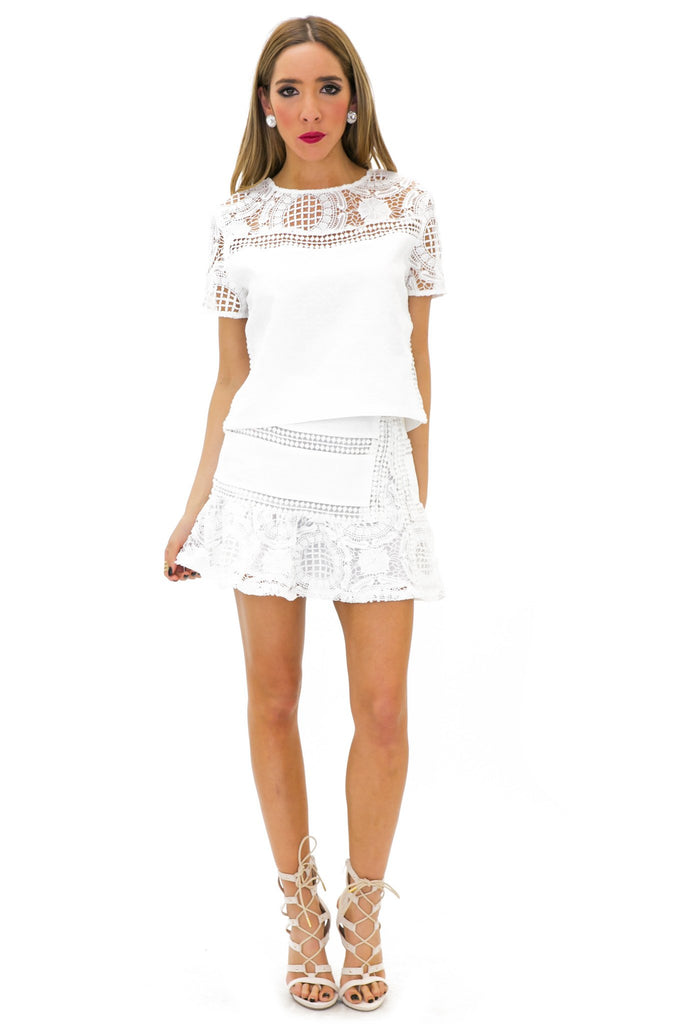 BRITNAY WOVEN LACE SHORT SLEEVE TOP
