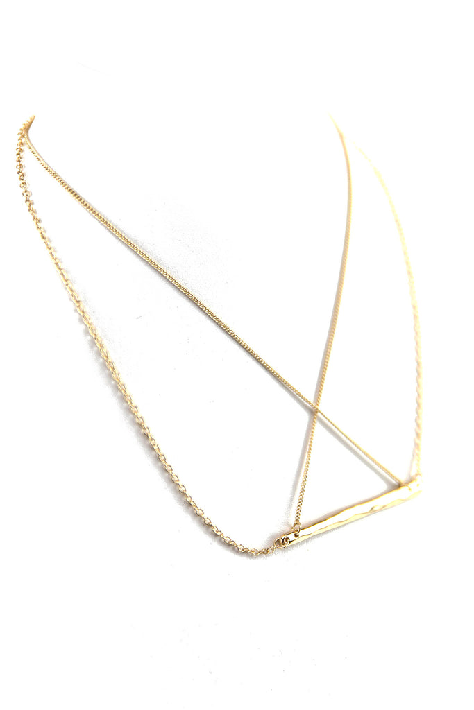 PETITE LONG PLATE PENDANT NECKLACE