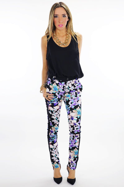 FLORAL SKINNY PANTS - Black - Haute & Rebellious