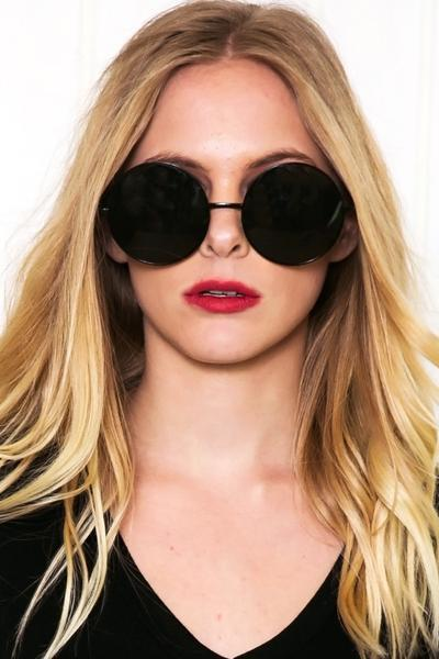 Farrah Round Sunglasses - Black/Green
