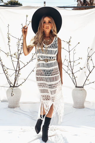 BLACK & WHITE CUTOUT DRESS
