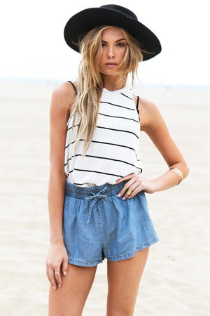Lala Lightweight Chambray Short - Haute & Rebellious