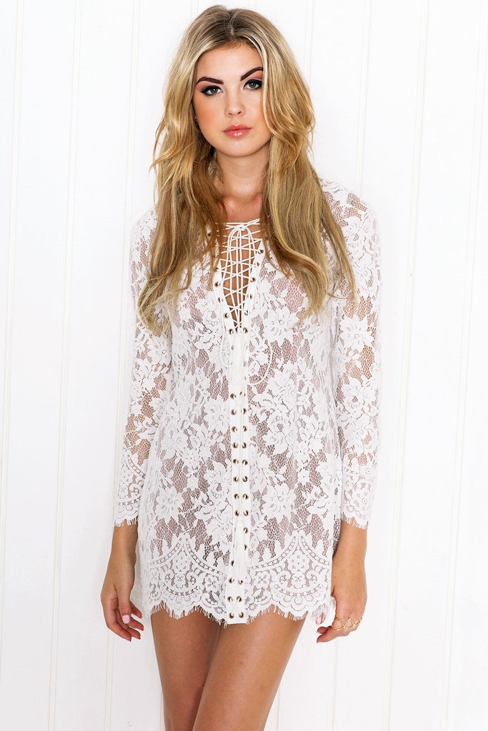 Everly Lace Long Sleeve Dress