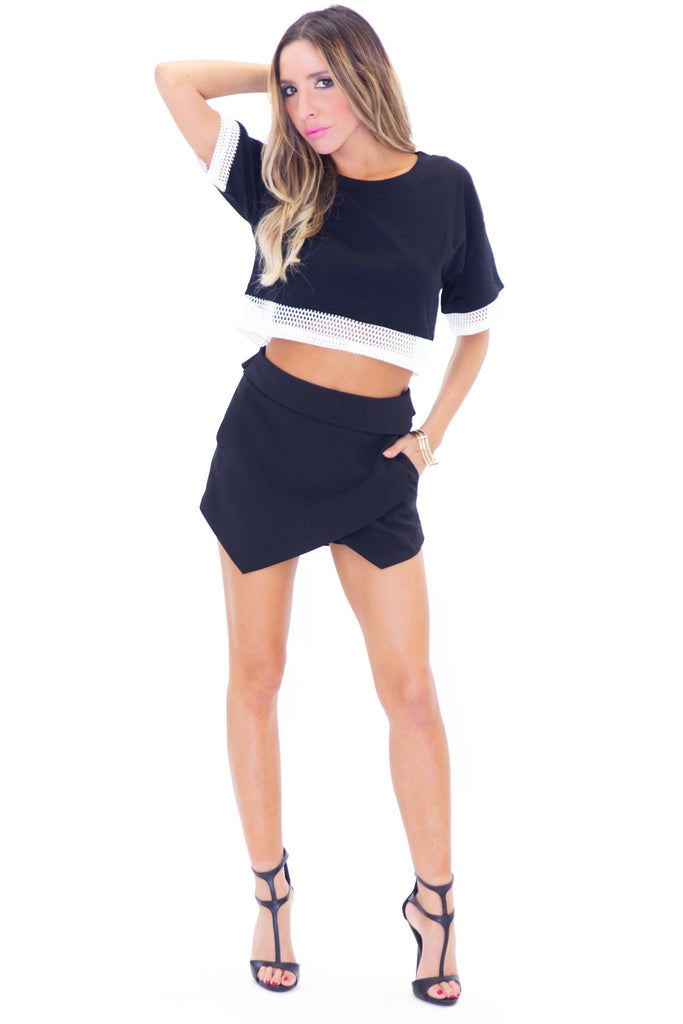 #26 MESH TRIMMED CROP TOP