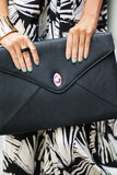 OVERSIZED CLUTCH - Black