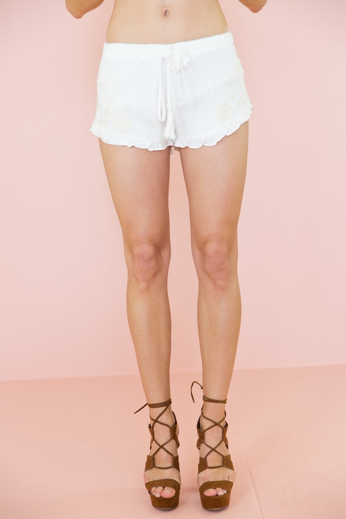 Jaahla Embroidered Linen Shorts - Haute & Rebellious