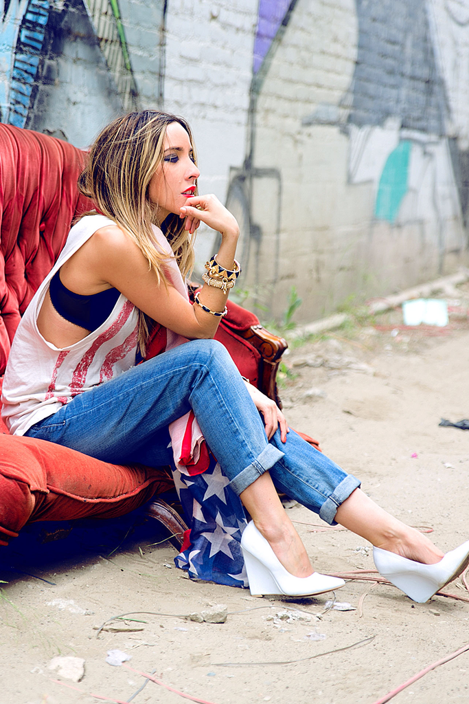 DISTRESSED AMERICAN FLAG TANK