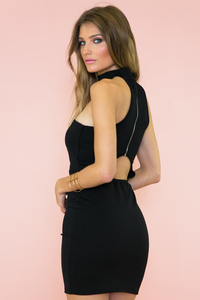 Open Story Strapless Choker Dress