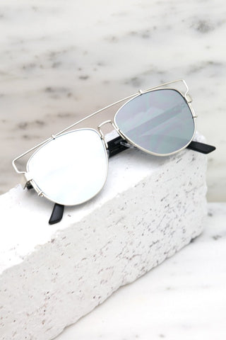 Feel Good Sunglasses- Black/ Gold