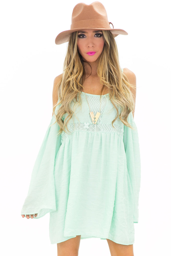 SHOULDER CUTOUT BELL SLEEVE SUN DRESS - Mint