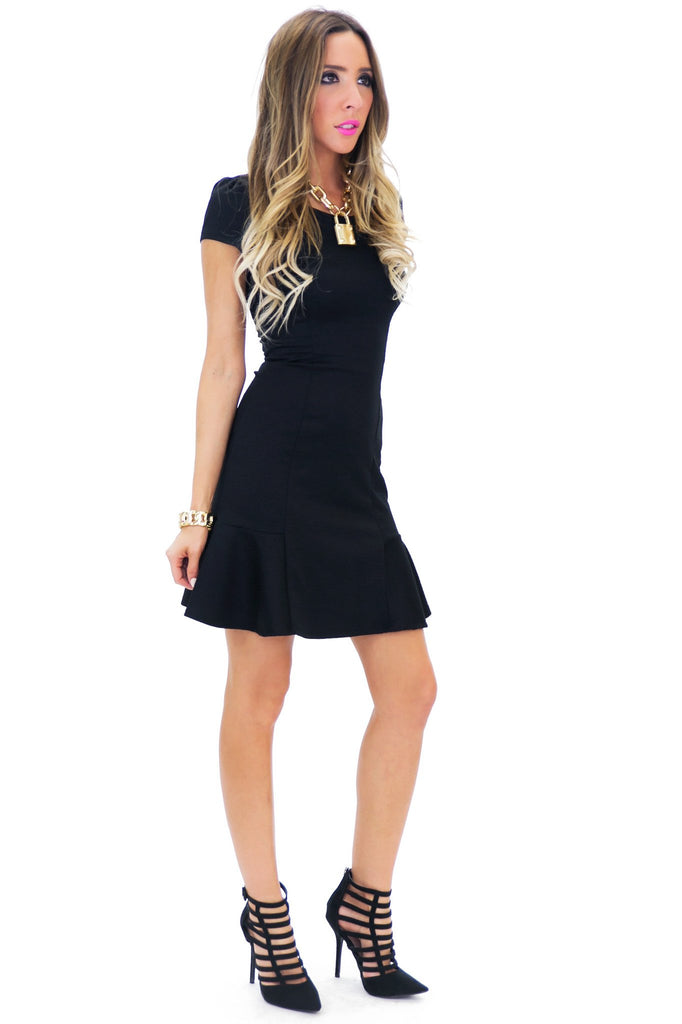 BECKA SHIFT DRESS - Black