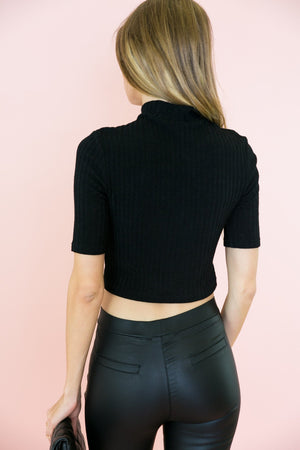 Ribbed Crop Short Sleeve Top - Black