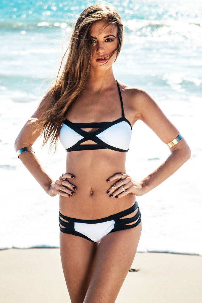 Odeza Contrast Strap Swimsuit Bottom