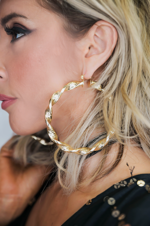 Twisted Hoop Gold Earring - Haute & Rebellious
