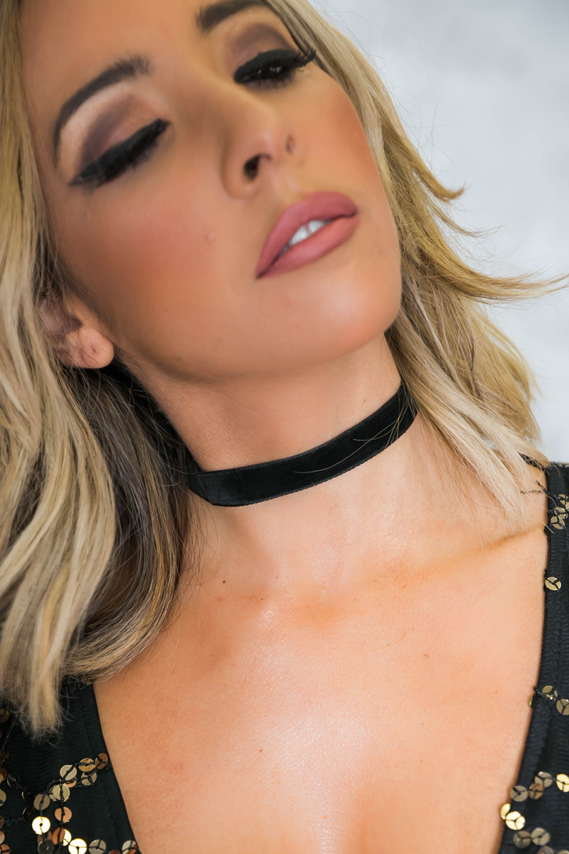 Thin Black Velvet Choker - Haute & Rebellious