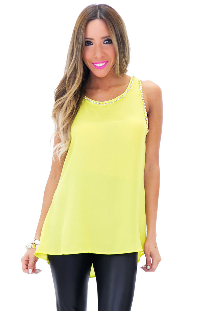 NELIA RHINESTONE DETAIL TOP - Lime