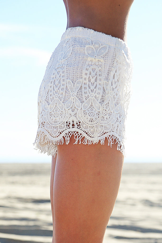 Playa Blanca Lace Shorts - White