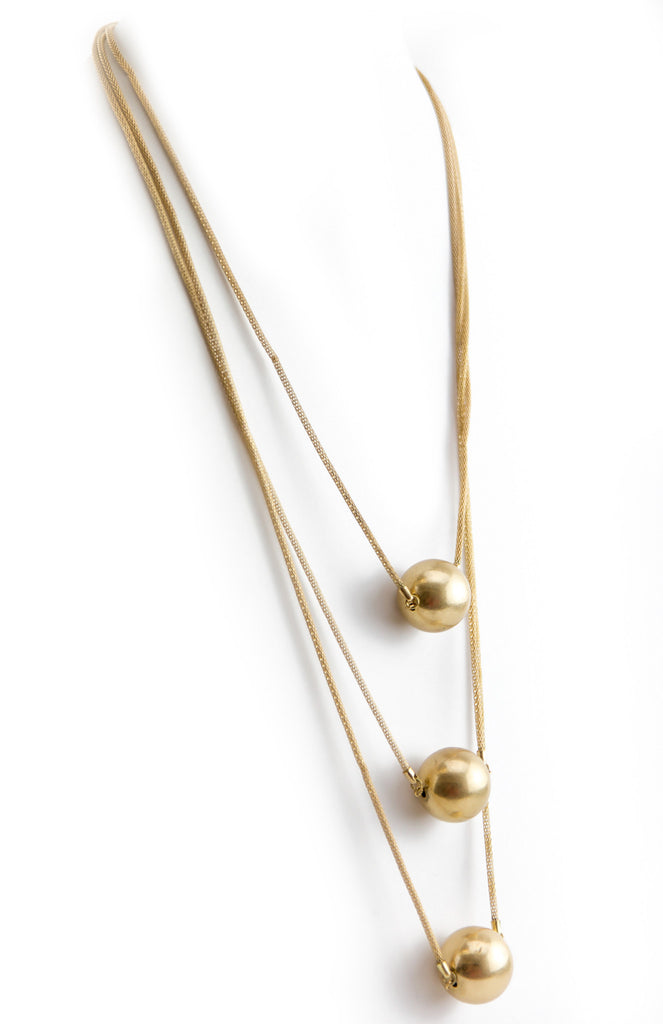 TRIPLE GOLD BALL PENDANT NECKLACE