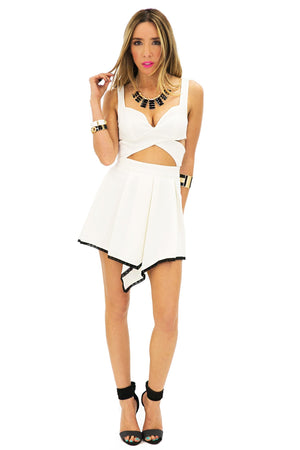 FRONT POINT ZIP SKIRT - Off White - Haute & Rebellious
