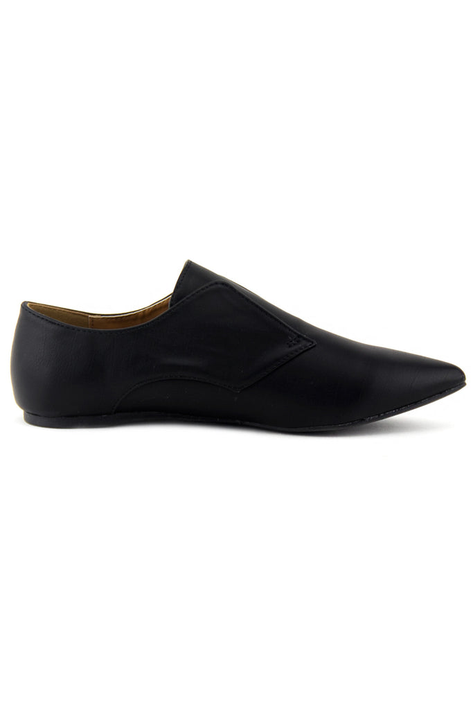 VINCE OXFORD POINTY FLAT