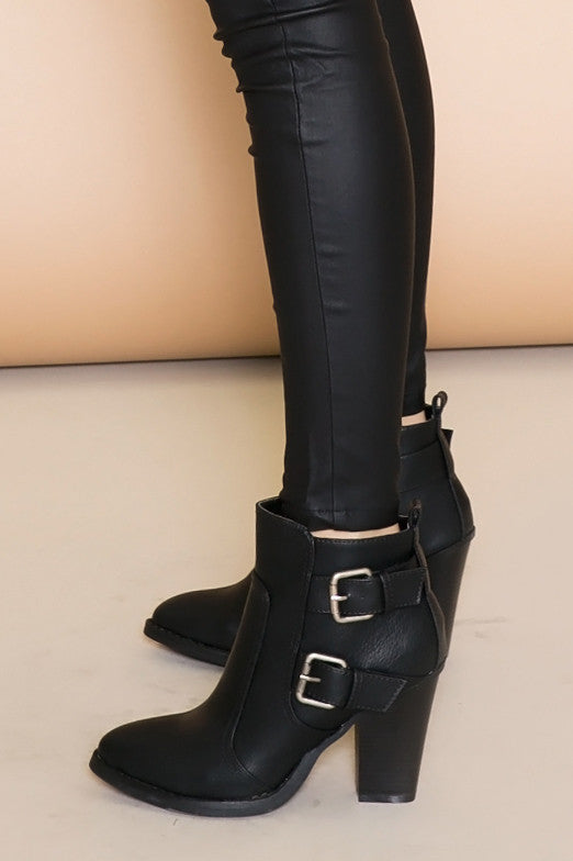 TONI BUCKLE BOOT - BLACK