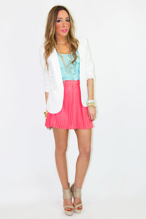 WHITE BLAZER - Haute & Rebellious