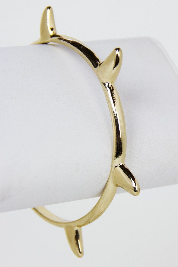 GOLD SHARK-TOOTH BRACELET (Final Sale) - Haute & Rebellious