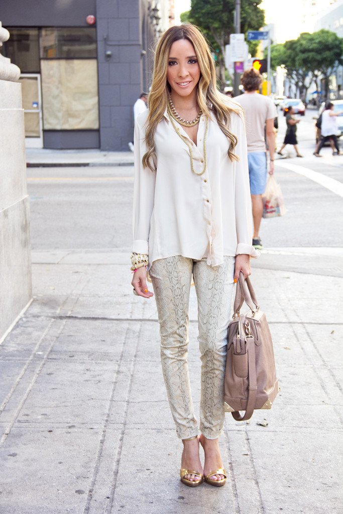 LONG SLEEVE BLOUSE WITH STUDDED NECK -  Beige