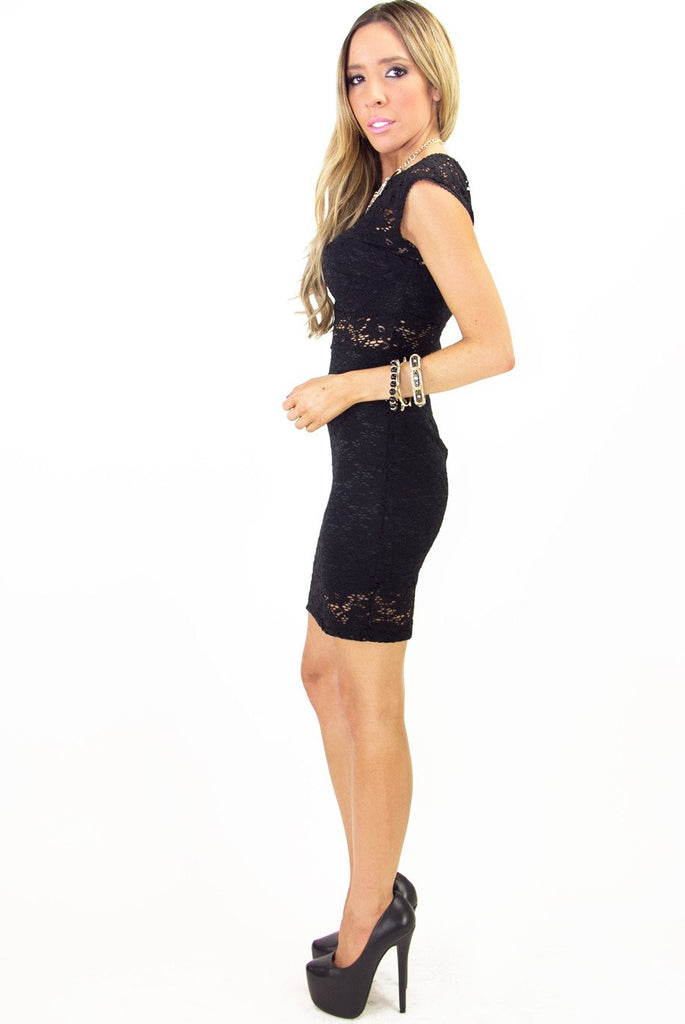AGATHA LACE DRESS - Black
