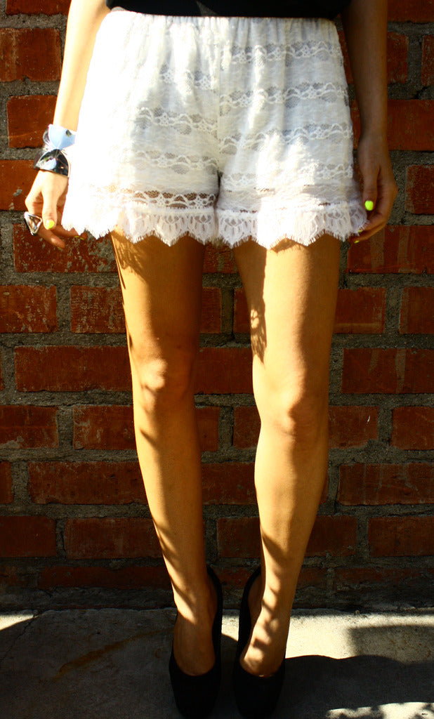 OLIVIA LACE SHORTS - White - Haute & Rebellious