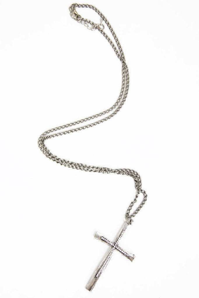 SILVER LONG CHAIN CROSS NECKLACE