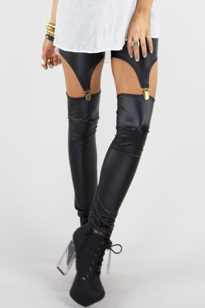 SNAP CLOSURE CUTOUT LEEGGINGS - Black - Haute & Rebellious