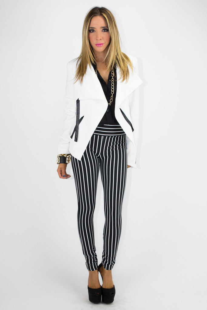 BLACK & WHITE VERTICAL STRIPE PANTS