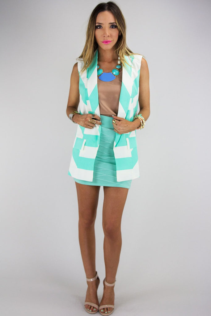ALLIE CHEVRON PATTERN VEST