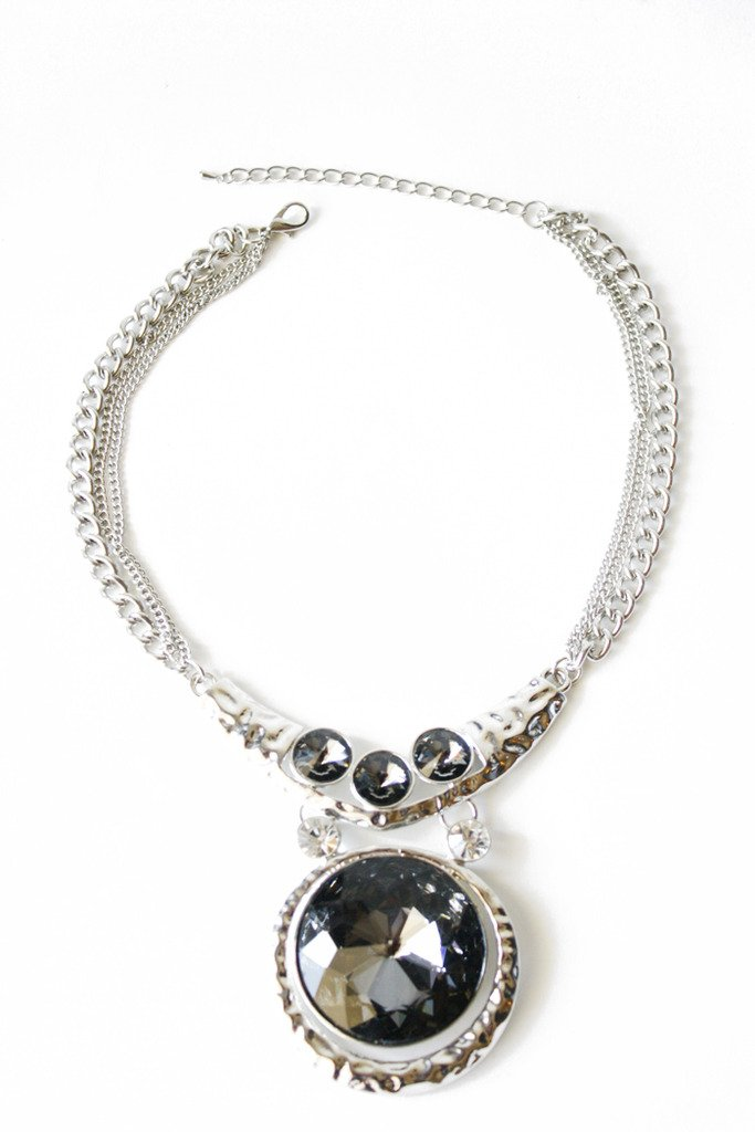 Haute & Rebellious ISSA BIG STONE COLLAR NECKLACE - silver in [option2]