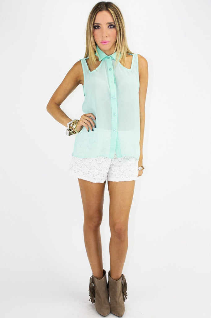ENELA LACE SHORTS - White (Final Sale) - Haute & Rebellious