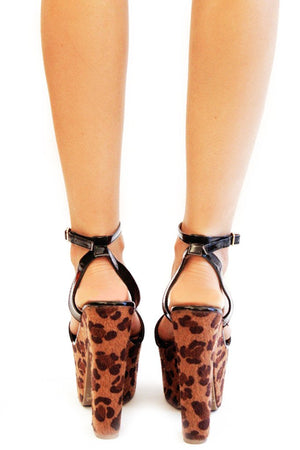 Haute & Rebellious LEOPARD WEDGE - Black in [option2]