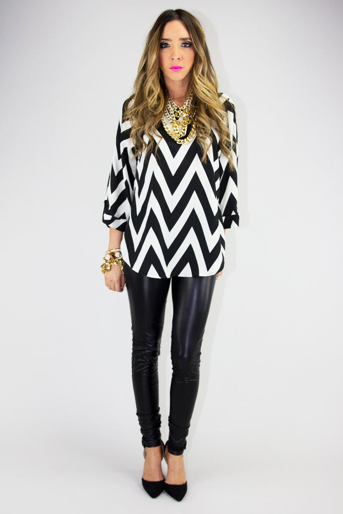 CHEVRON PRINT 3/4 SLEEVE BLOUSE