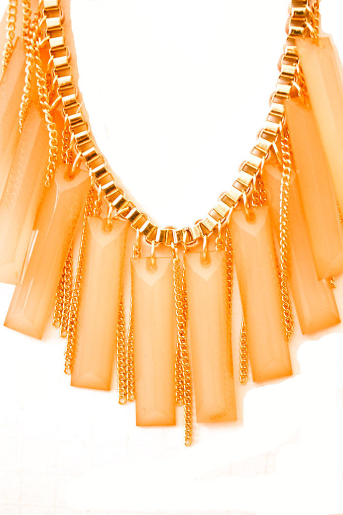 STONE FRINGE NECKLACE- PEACH