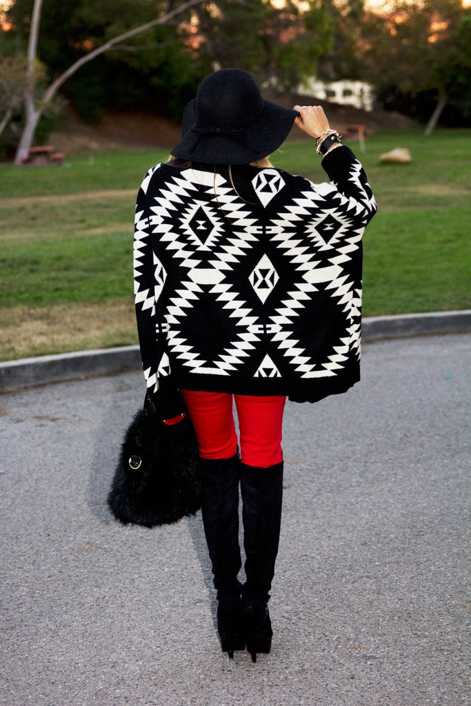 ANUK TRIBAL SWEATER