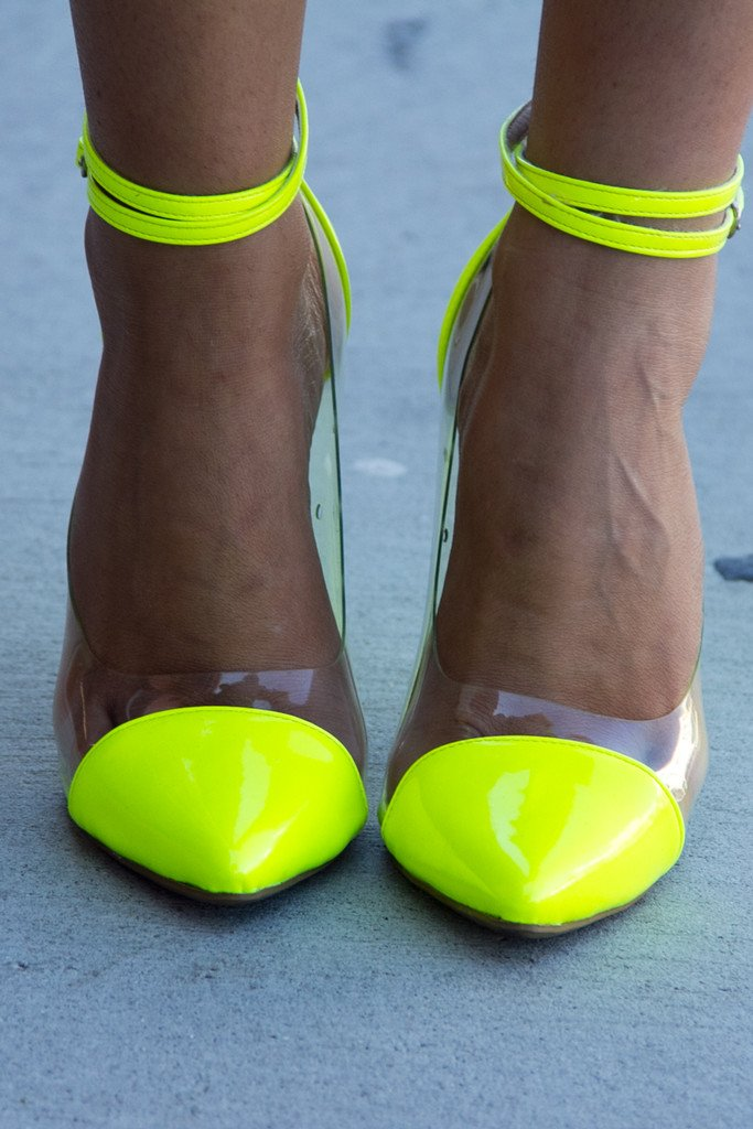 NEON PUMPS WITH CLEAR CONSTRAST
