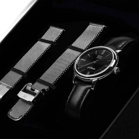 Petite Watch Black