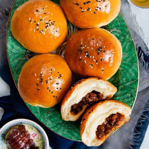 Baked char siu bao (叉燒麵包) are classic pastries from Chinese bakerie