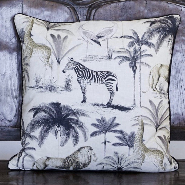 Madagascar Palm Cushion