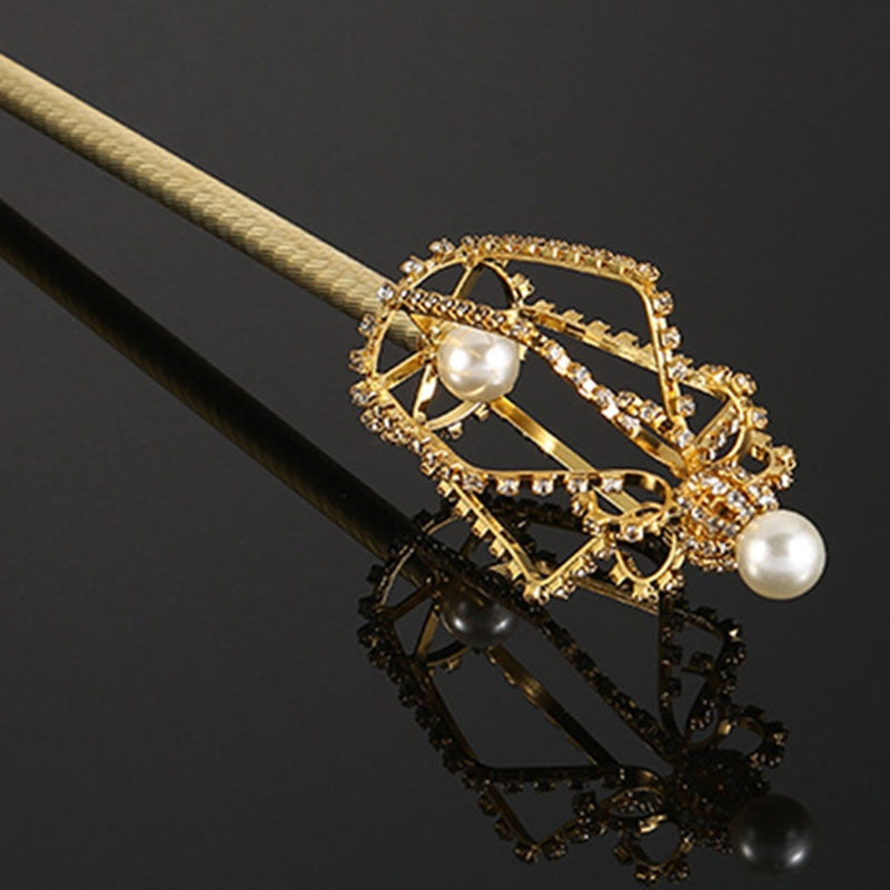 Royal Pearl Scepter