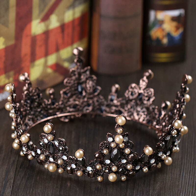 Retro Wonderland Crown