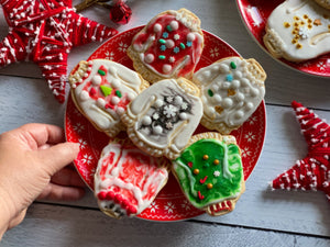 Semi-homemade Ugly Sweater Holiday Cookies Using a Cookie Kit
