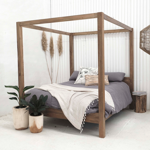 Aren Canopy Bed - Queen-Find It Style It Home